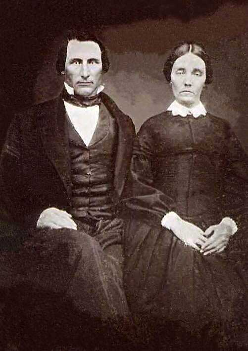 Photo of William & Phebe Hodgson - early settlers in Tazewell County