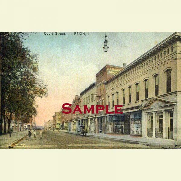 Pekin 400 Block Court Street Looking West Postcard