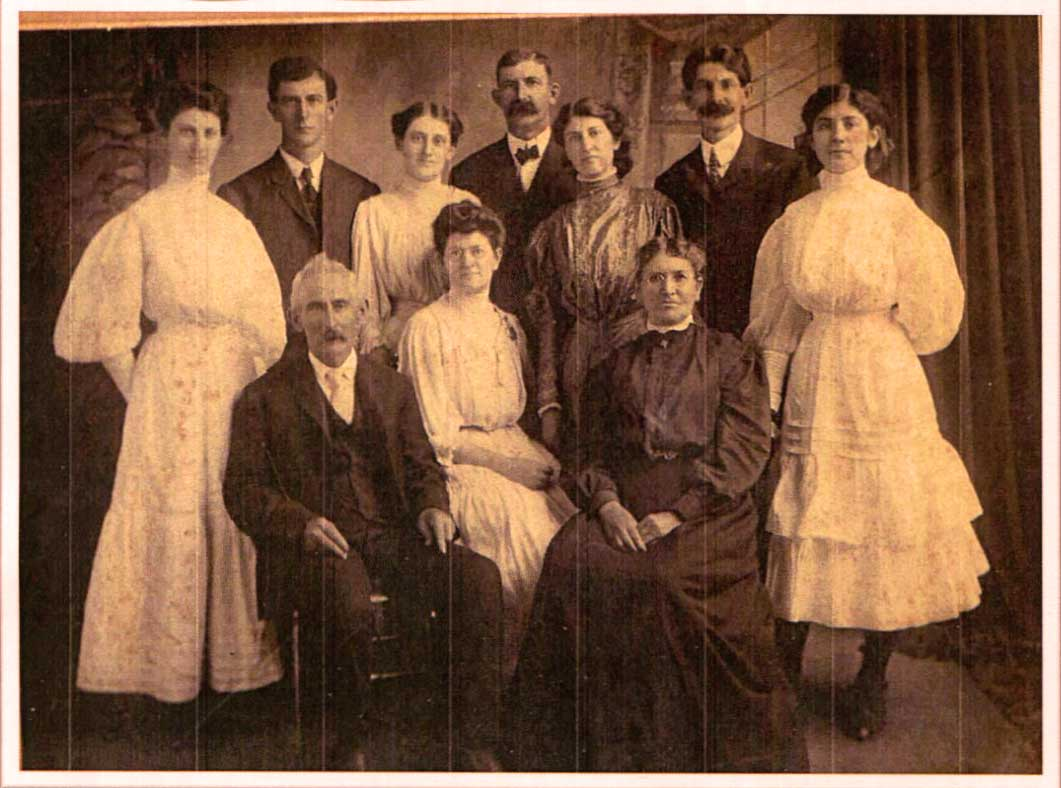 January 2019 Mystery Photo - This photo was found in a box of Blumenshine and Keil family photos from Washington, Tazewell County, Illinois.  Can you identify anyone?